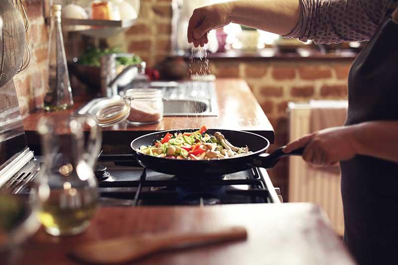 طعم دهی به غذا | ترفند آشپزی